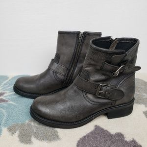 Steve Madden Shoes - Steve Madden Distressed Gray Leather  Moto Boots